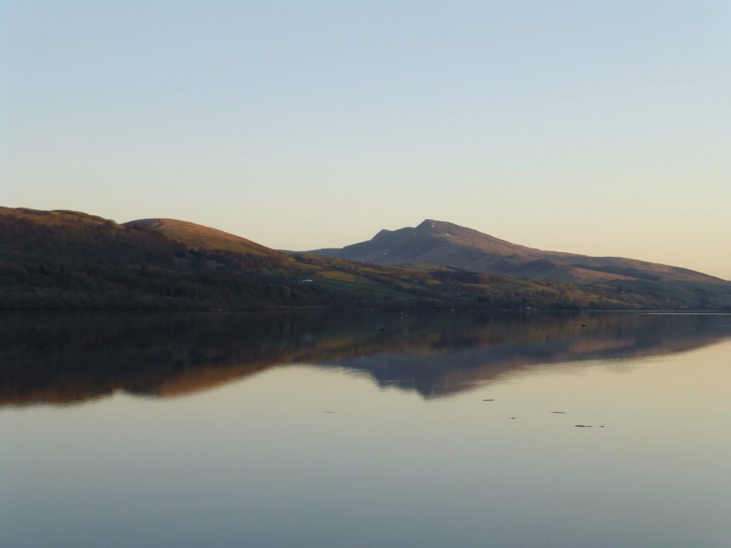 bala lake llyn tegid aran benllyn reflection