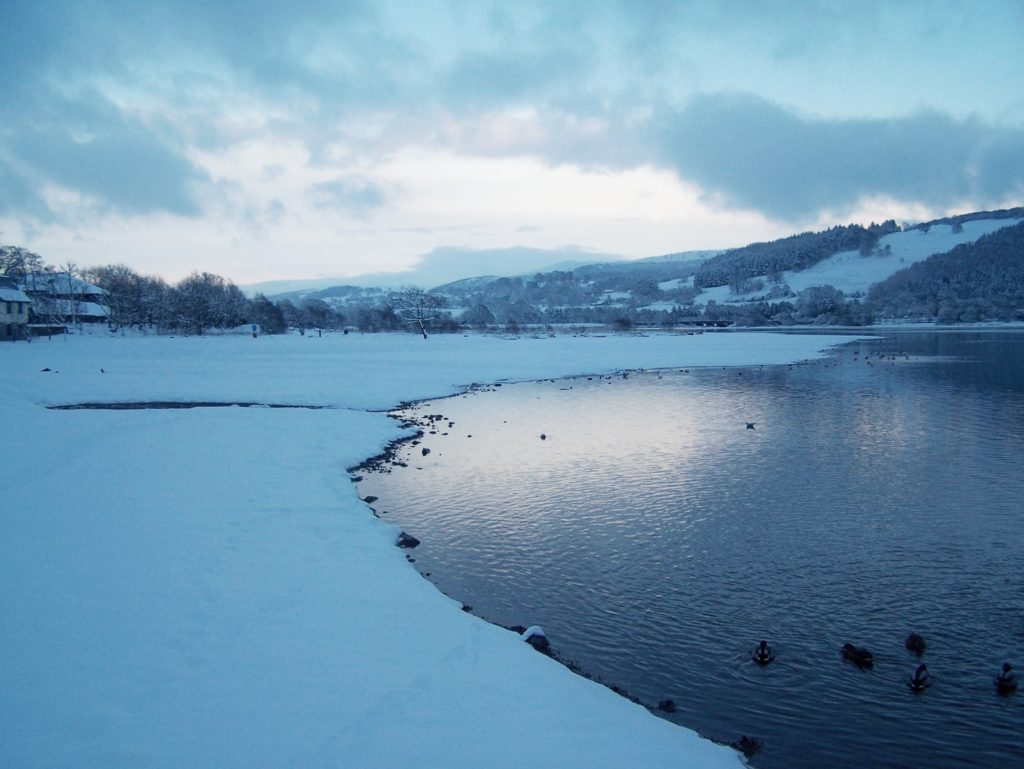 bala lake llyn tegid snow winter blue